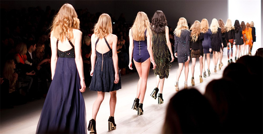 Fashion designer career articles 83