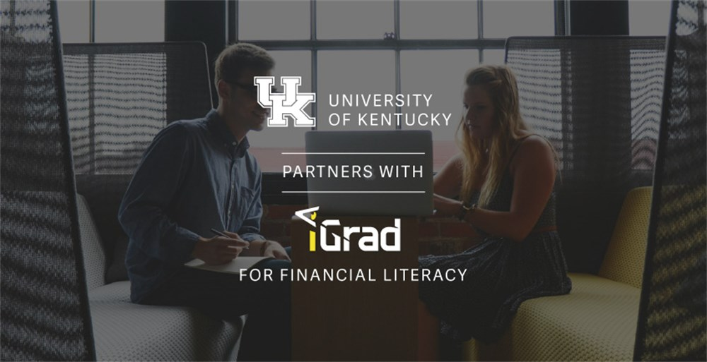 two college students discussing financial wellness at the university of kentucky thanks to igrad